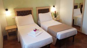 twin room - beds
